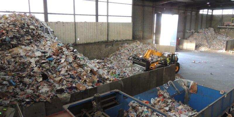 SÉNÉGAL: le «Promoged» améliorera la gestion des déchets de 6 millions de personnes©Buquet Christophe/Shutterstock