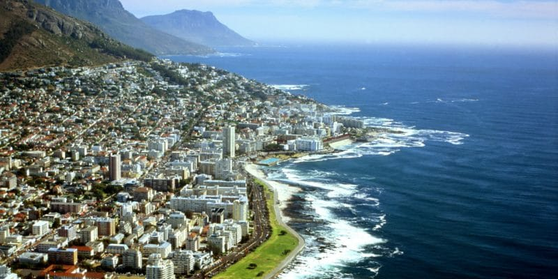 SOUTH AFRICA: Cape Town wants its own clean energy facilities © Mark Van Overmeire/Shutterstock