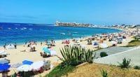 MAROC : Bouznika labélisée «plage propre» pour sa démarche éco-responsable©YASTAJ/Shutterstock