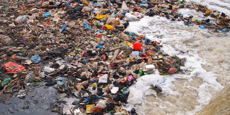 TUNISIE : Tinja rejoint une initiative de WWF pour réduire la pollution plastique©Nicram Sabod/Shutterstock