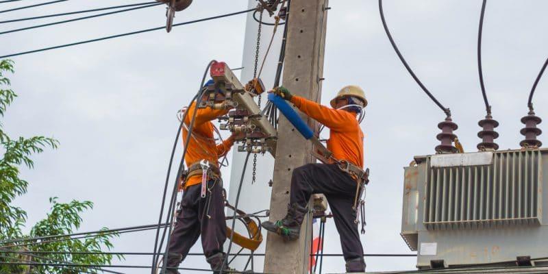 ALGÉRIE : moderniser le réseau électrique pour l'intégration des énergies propres © NARONGKAN WANCHAUY/Shutterstock