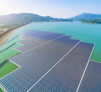 UGANDA: Swedfund finances floating solar power plants in several dams©Tom Wang/Shutterstock